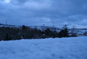 朝方の雪景色